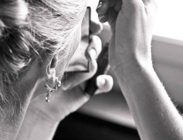 Bradavice a znamienka: ženská ruka