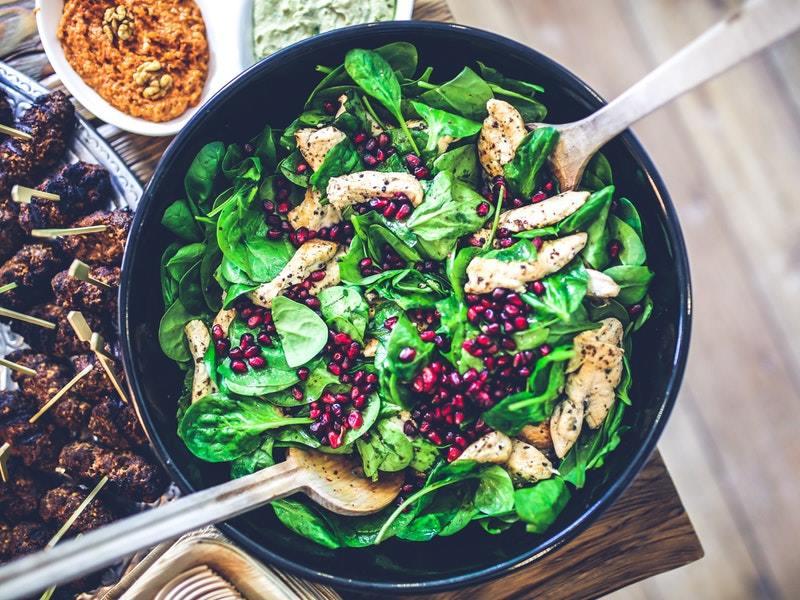 listová zelenina, ktorá obsahuje vitamíny na plet