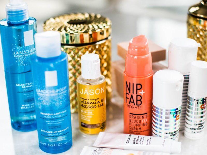Как вы делаете макияж, который длится весь день? Попробуйте профессиональные трюки