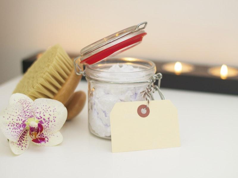 produkty v zero waste kúpeľni