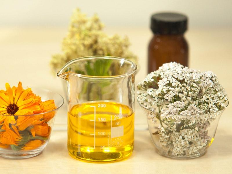 oleje na liečbu akné