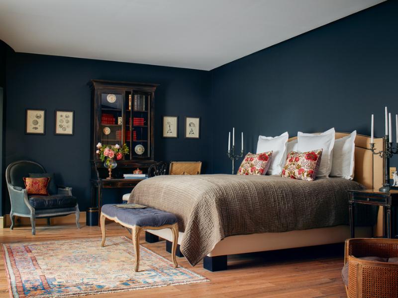 spálňa vo Francúzsku (Airbnb)