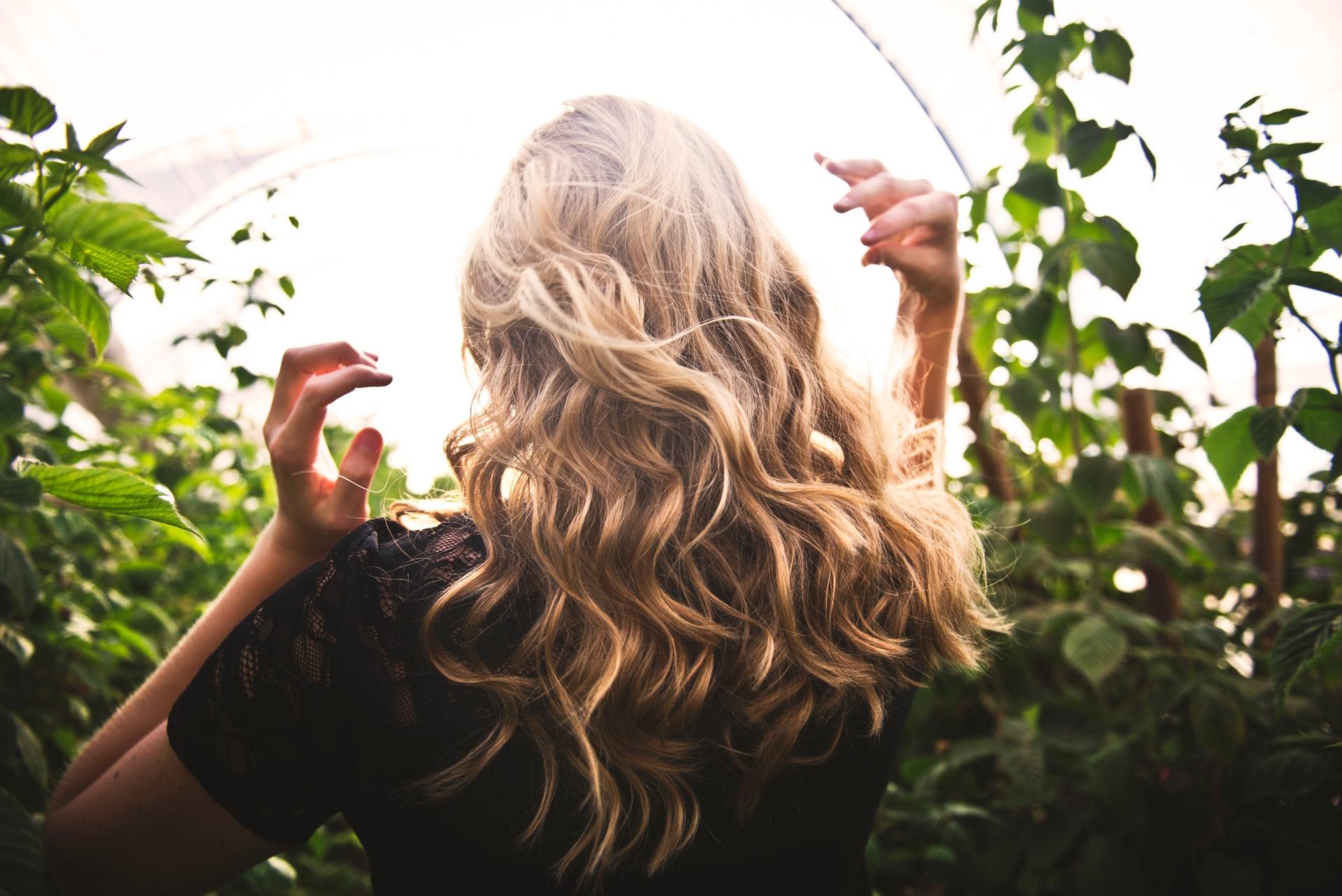 priciny padania vlasov