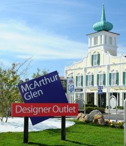 23. augusta 2012 sa po jedenásty raz uskutoční známe a obľúbené nočné  nakupovanie v McArthurGlen Designer Outlet Parndorf. Návštevníci sa už  teraz môžu ... 58cabeb25d0